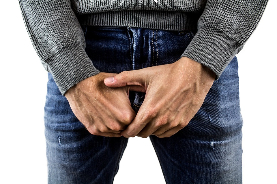 penisul în locul cel mai sensibil ce cauzează o erecție slabă la bărbați