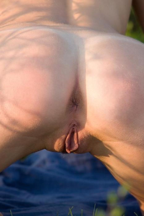 cu o erecție, penisul se apleacă care va cere ajutor cu un penis